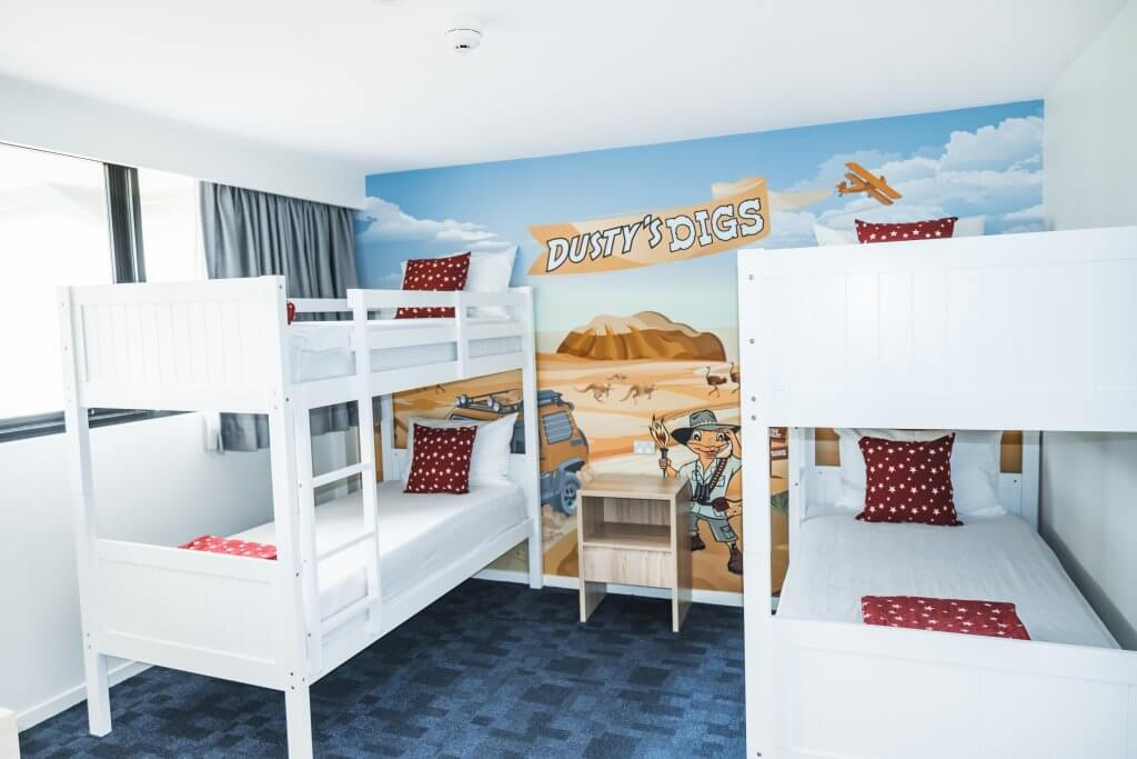 Dustys Deluxe Family Room